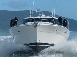 Riviera 4000 Luxury boat hire
